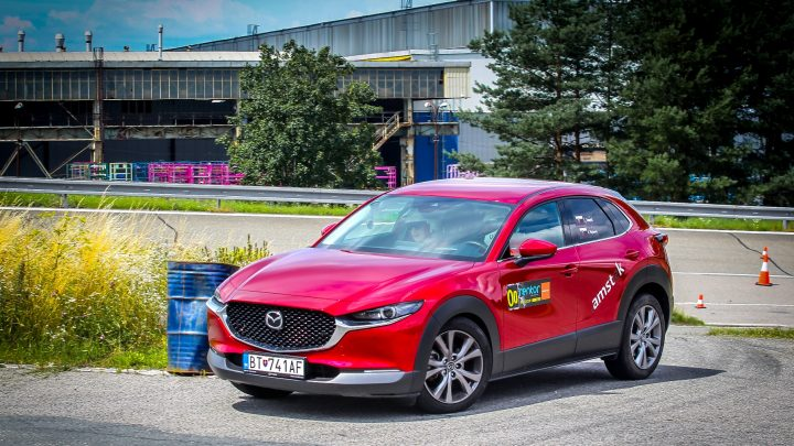 Mazda CX-30 Skyactiv-G150 ponúka radosť z jazdy. Skúsili sme to s Mazdou na rally.