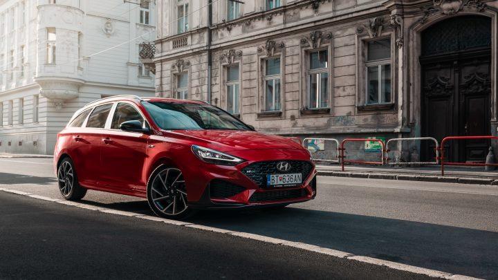 Hyundai po deviatich mesiacoch jednotkou u súkromnej klientely. Tucson a i30 dominujú vo svojich segmentoch.